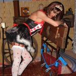 Queen of hearts in dungeon, bent over :)
