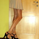 Long legs, high heels & shiny pantyhose